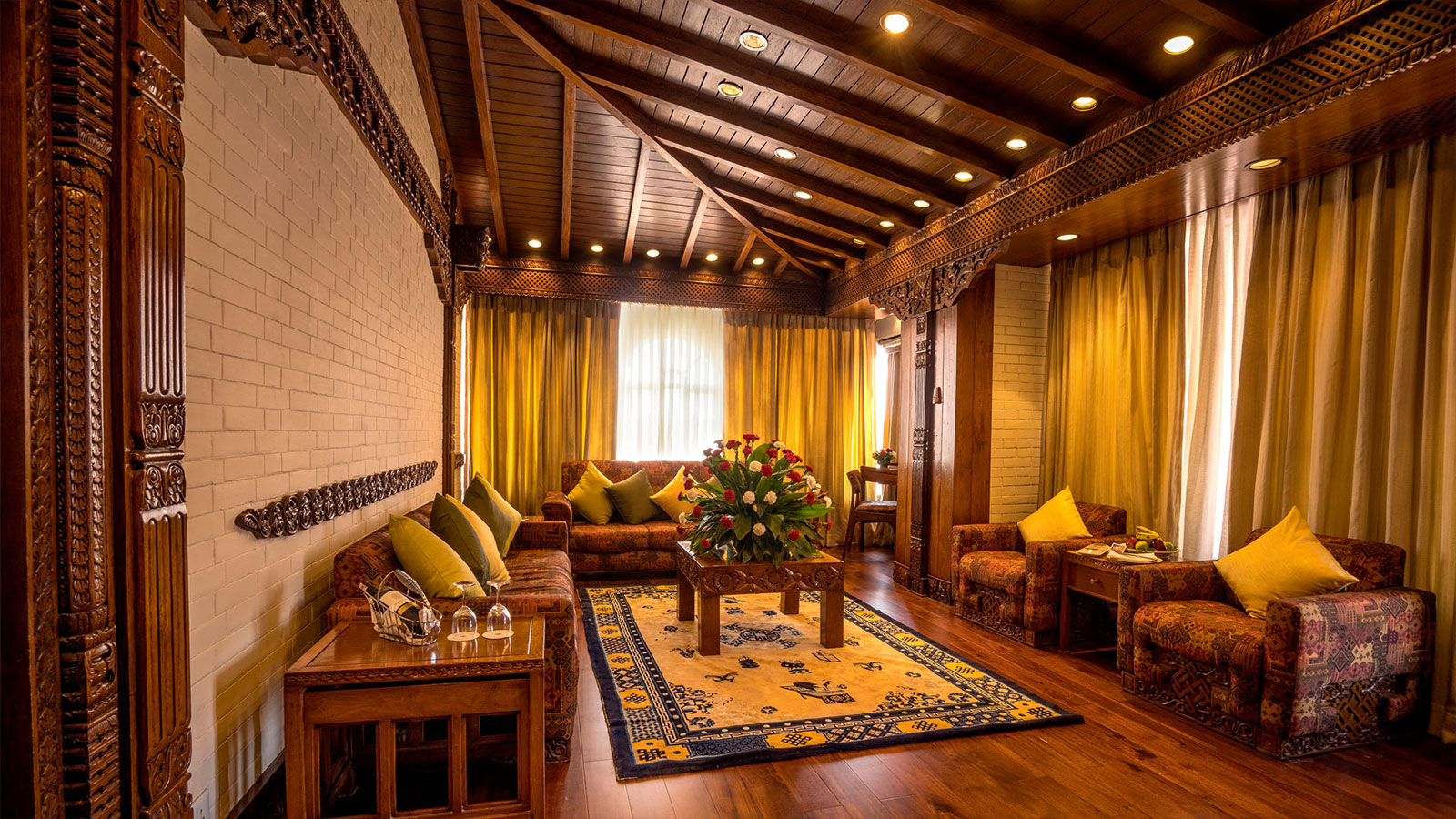 Hotel yak yeti luxury 5 star deluxe hotel in kathmandu for Interior house design in nepal